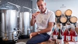 """Wijnfaktorij produceert en verkoopt wijn in hartje Antwerpen: """"Ik voel mezelf een chansaar"""""""