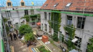 Eerste opknapbeurt in 140 jaar: huisjes 'verborgen parel' Neefsteeg staan in de stellingen