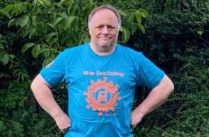 """Virtuele Dodentocht strikt Marc Van Ranst als peter: """"Al zevenduizend wandelaars voor 100Km Covid Challenge"""""""