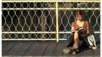 Opgepast: aanstekelijk! 12 thrillers om deze ongewone zomer door te komen