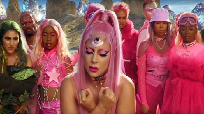 Lady Gaga deelt selfie zonder make-up