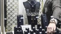 Burgemeester de Wever verliest veldslag in strijd tegen malafide goudhandelaars, stad riskeert schadeclaims