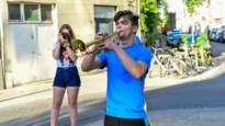 """Buren vieren 18-jarige applaus-trompettist: """"Honderd keer bedankt, Vlad"""""""