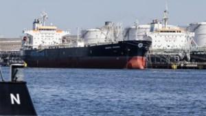 """Grote corona-uitbraak op schip dat nu in Antwerpen in quarantaine ligt: """"We willen weten wie hier in de fout is gegaan"""""""