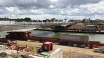 Oude brug Herenthoutseweg dertig meter opgeschoven, autoverkeer moet nog tiental dagen omrijden
