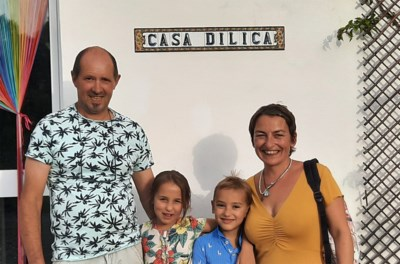 """Herentals gezin verhuist na twee jaar plannen naar Zuid-Europa: """"Een week na onze aankomst ging heel Spanje dicht"""""""
