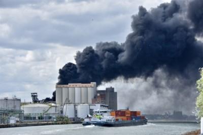 Brand bij Mouterij Albert: enorme rookontwikkeling en explosies