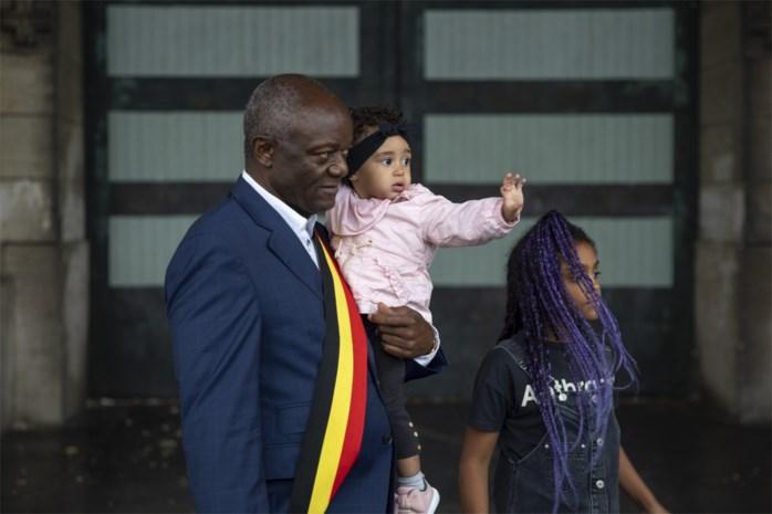 "Pierre Kompany, eerste Congolese burgemeester van ons land, eiste excuses maar is opgetogen met spijt: ""Krachtig en waardig signaal"""