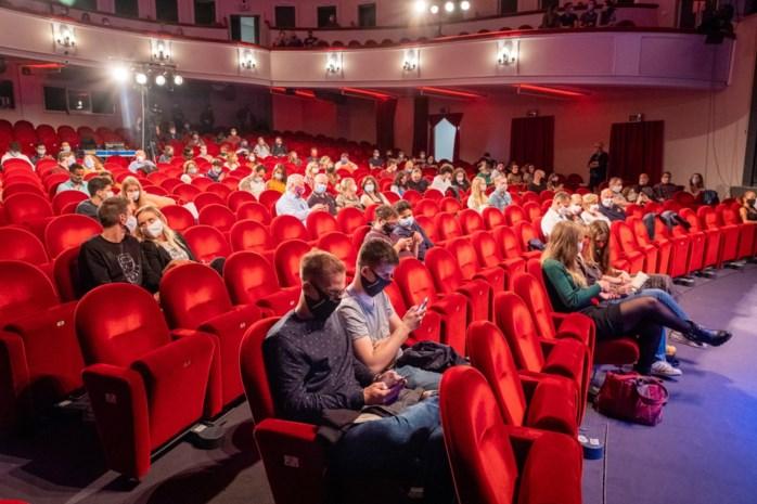 """Arenberg organiseert net na middernacht 'De Eerste Show' met vijf comedians: """"Veel spannender dan gewoonlijk"""""""