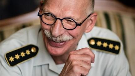 """Vertrekkende Chef Defensie maakt balans op: """"We moeten blijven investeren en personeel beter betalen"""""""
