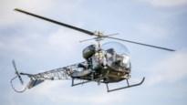 """'Hoog Nivo'-reporter Ivo cirkelt boven Kempen in gerestaureerde helikopter: """"Niet onnozel doen, gewoon genieten"""""""