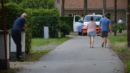 Twee verdachten van winkelinbraken gevat na grote politieactie in rustige woonwijk