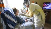 Tragischer dan de cijfers: rapport schetst schrijnende toestanden in rusthuizen tijdens coronacrisis
