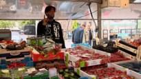 """Zaterdagmarkt op het Theaterplein is terug: """"Zo blij dat heel de markt volledig terug is"""""""