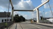 Werken aan brug 8 uitgesteld