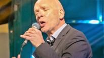 """Crooner Harry Francis (66) zat niet stil tijdens lockdown: """"Zingen in tuin en op parking van het rusthuis"""""""