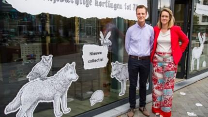 Wolvenpootjes leiden naar nieuwe pop-upwinkel De Wolf Opticiens