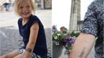 """Kleef eens een tattoo van de Sint-Romboutstoren: """"Onze stad kruipt onder je huid"""""""