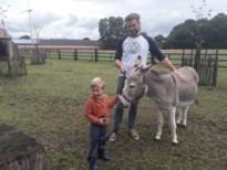 """Bio-ingenieur (30) opent Kinderboerderij De Veldstraat: """"Opgroeien met dieren is fantastisch"""""""