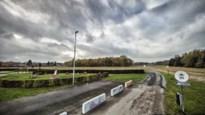 """Dierenarts vecht weigering bouw dierenkliniek aan, Liezelse buurt opnieuw ongerust: """"We kunnen enkel bang afwachten"""""""