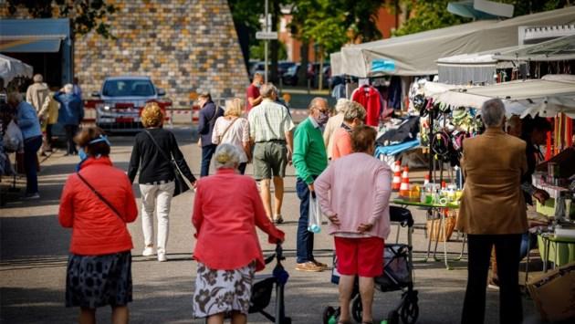 """Marktkramers Heist dringen aan op uitbreiding: """"<B>Gebrek aan politieke wil om plaats te zoeken""""</B>"""