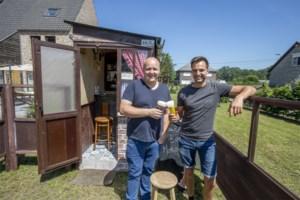 Het kleinste kroegje van de Kempen: een bruin café op twee vierkante meter