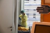 """Ziekenhuizen volgen besmettingen met corona op de voet: """"We kunnen tijdig anticiperen"""""""