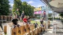 """BALder Zomer compenseert beperkt aantal bezoekers met zomerbar: """"In vijf dagen evenveel volk ontvangen als normaal in één dag"""""""
