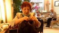 80-jarige kapster blijft onvermoeibaar knippen