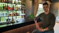 """Jonge ondernemer opent cocktailbar in voormalige notariaatswoning: """"Voor ik het goed besefte, was Le Notariat geboren"""""""