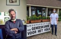 """""""Zo moet het"""": Antwerpse groepspraktijk gaat zelf op zoek naar lokale broeihaarden"""