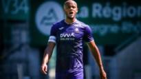 Domper voor Anderlecht: Vincent Kompany geblesseerd van het veld in oefenmatch tegen Saint-Étienne