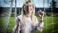 Stephanie Forde, de vrouw in het commandocentrum van de Belgische scheidsrechters