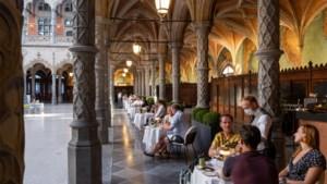Dineer in stijl in gaanderijen Handelsbeurs