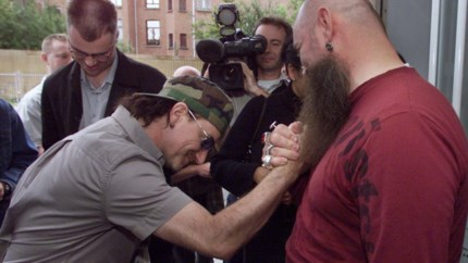 Onze muziekjournalist blikt terug: Bono in Antwerpen in de zomer van 2001