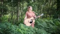 Chantal Acda speelt live-sessie in het bos speciaal voor GVA-lezers