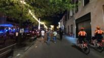 Kussen, mondmaskers gedeeld en geen sprake van bubbels: gechoqueerde korpschef trekt aan alarmbel over gedrag in uitgaansbuurt