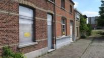 """De Vlaamse Waterweg koopt vijf huizen langs kanaal en breekt ze af: """"Maar uitbreiding sluizencomplex niet aan de orde"""""""