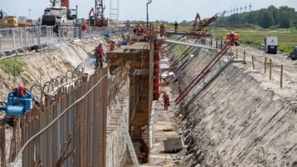 Koninginnenstuk van Oosterweel zal vorm krijgen in nieuw gigantisch bouwdok in Zeebrugge