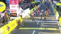 Gruwelijke val van Fabio Jakobsen in Polen, Dylan Groenewegen wint (voorlopig)