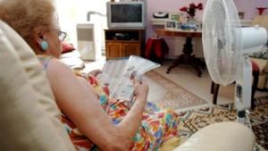 """Hittegolf, maar Antwerpse woonzorgcentra verbieden ventilator: """"Kan coronavirus verspreiden"""""""