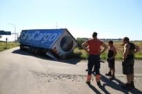 Trucker rijdt zich vast in omleiding