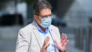 Steven Van Gucht wil (met déze twee oproepen) af van mondmaskerplicht over hele grondgebied
