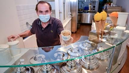 """66-jarige Milanees opent ijsjeszaak in centrum Antwerpen: """"Het doet me plezier wanneer mensen zeggen dat het lekker is"""""""
