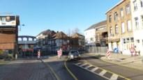 Twee weken eenrichtingsverkeer op Leuvensesteenweg door werken aan nutsleidingen
