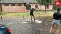 Harde regenval in Zoersel leidt tot waterpret