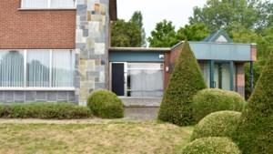 """77-jarige vrouw zwaargewond aangetroffen: """"Alle pistes blijven open: van val tot overval"""""""