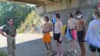 Burgemeester gaat zelf discussie aan met illegale zwemmers Netekanaal na dodelijk ongeval
