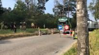 Industrieweg afgesloten voor vermoedelijk gaslek, situatie onder controle