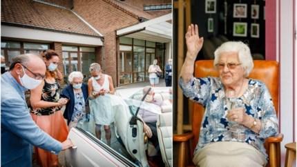 Feestje voor oudste Belg: Julia (111) maakt rondrit door woonplaats Lier in open Cadillac
